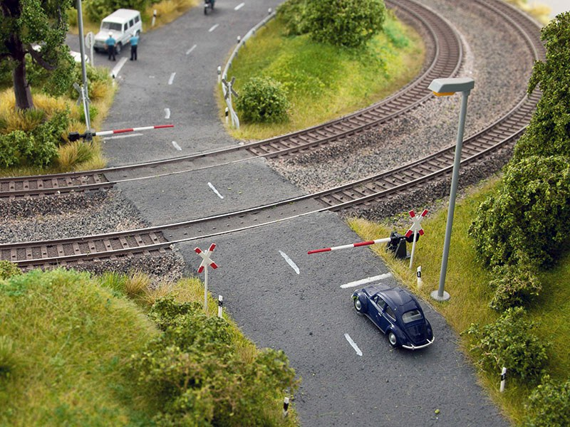 Noch-14307 Bahnschranken mit Andreaskreu
