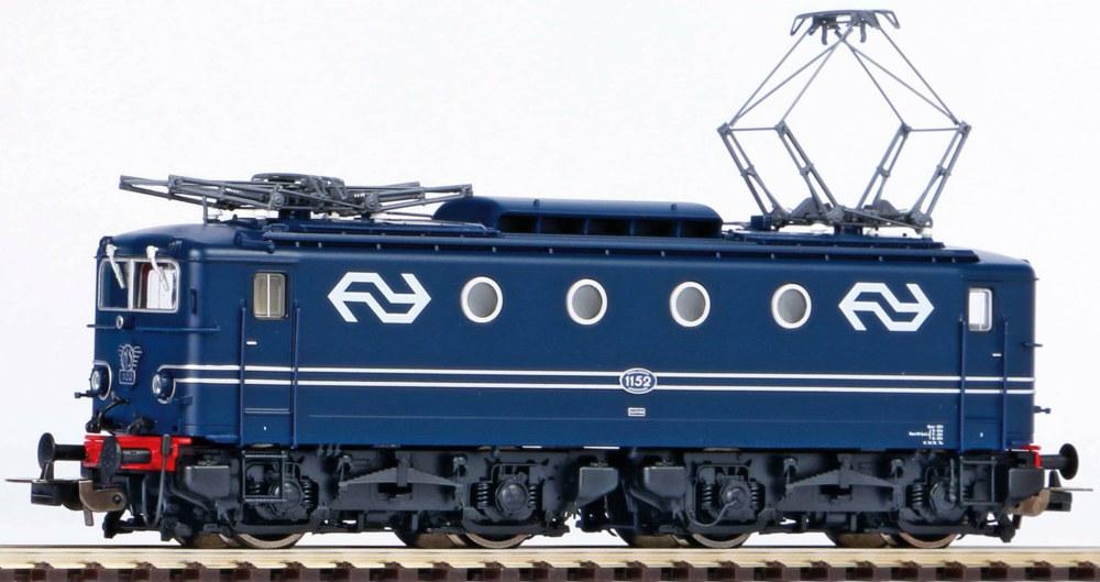 339-51360 Elektro Lokomotive Rh 1100 NS