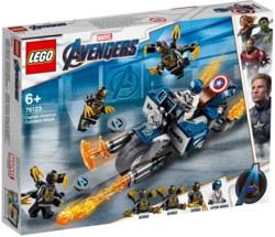 150-76123 Captain America: Outrider-Atta