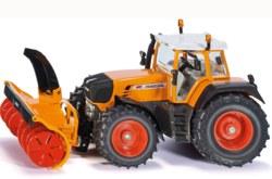 235-3660 Traktor mit Schneefräse