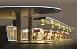 315-39000 Moderner Busbahnhof in Halle/S