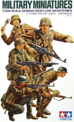 318-300035196 1:35 WWII Figuren-Set Deutsche