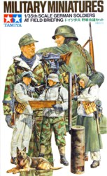 318-300035212 1:35 WWII Figuren-Set Deutsche