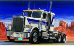 318-510003859 Freightliner FLC Italeri Model