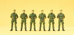 324-16831 Infanteristen stehend Preiser