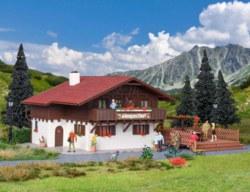 326-43960 Almgasthof mit Holzterasse Vol