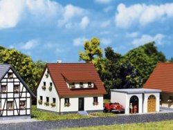 328-282762 Siedlungshaus mit Garage Falle