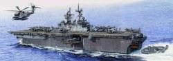 328-755615 Amphibisches Angriffsschiff LH