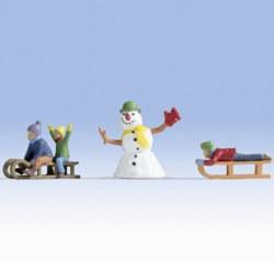 330-17921 Kinder im Schnee