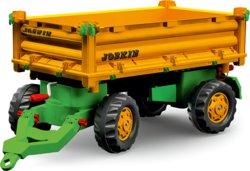 Traktoren und Anhänger